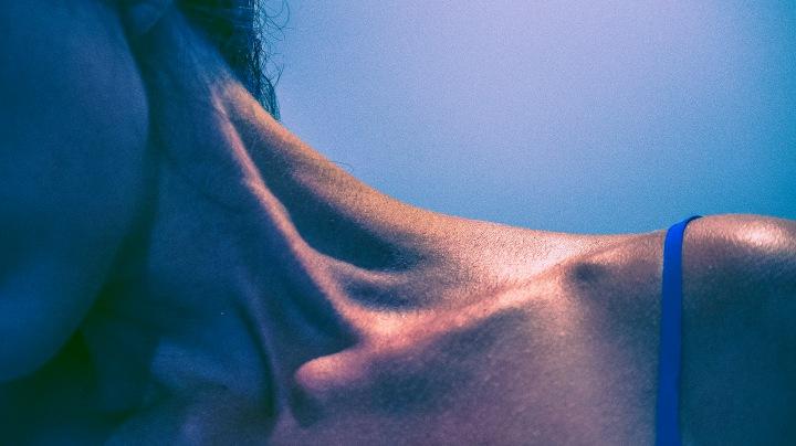 bare shoulder